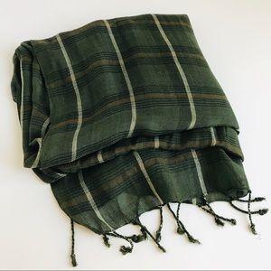 NWT Derek | plaid scarf